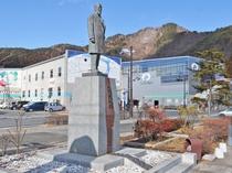 【周辺】鉄のまち『釜石』の繁栄の礎を築いた大島高任の像
