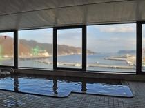 【展望大浴場】釜石湾が一望できる眺めの良い大浴場です。