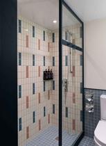 Eaton Room Bathroom イートン ルーム