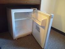 空き冷蔵庫