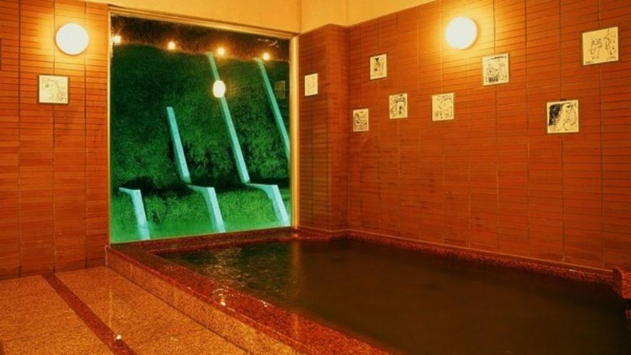 女湯「月の湯」 女湯・男湯とも「露天風呂」も併設しています