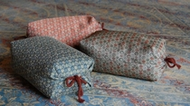 通称「ゴロゴロ枕」もご用意しています。いつもと違ってゴロ・ゴロ「何にもしない贅沢を」