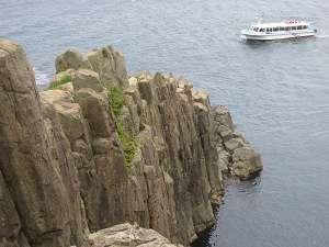 断崖絶壁で有名な「東尋坊」や、海水浴場「三国サンビーチ」まで車で15分!