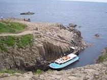断崖絶壁で有名な「東尋坊」や、海水浴場「三国サンビーチ」まで車で15分です!