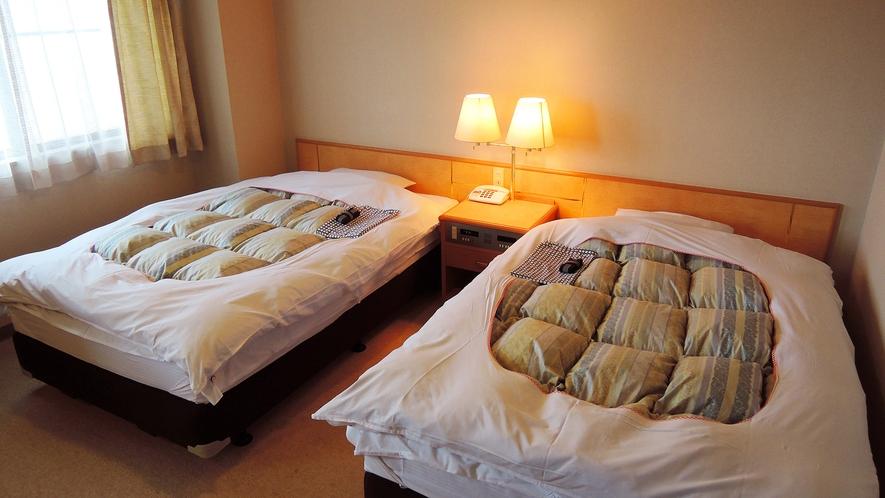 *【ツイン】セミダブルベッド使用だから2人でも余裕のゆったりとした広さです。