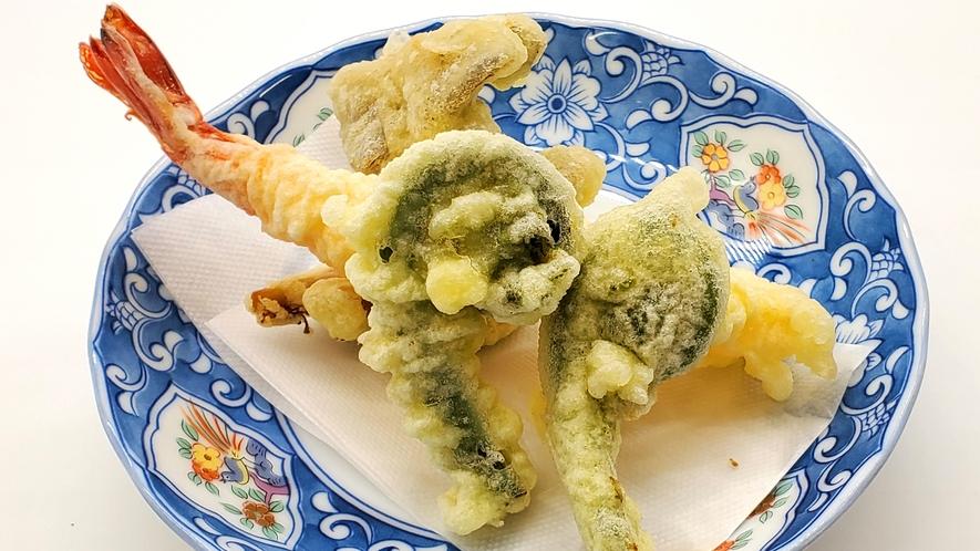 夕食の一例(スタンダードプラン)季節の揚げ物
