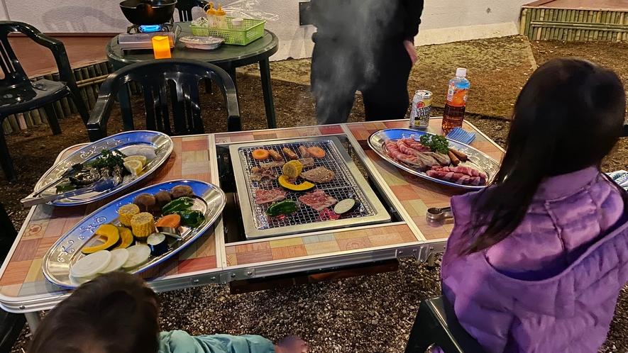 【期間限定BBQプラン】夕食は野外バーベキュー場で、炭火を使った本格的なバーベキュー♪