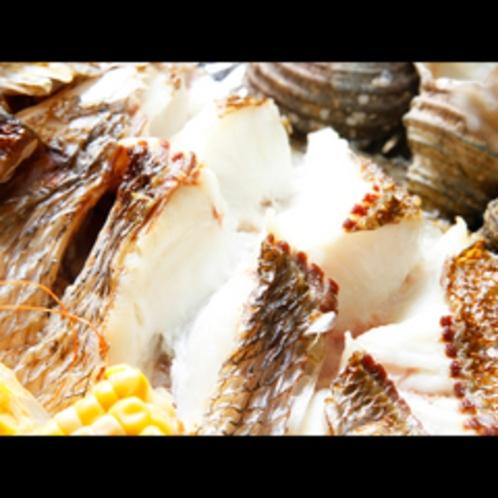宝楽焼の鯛の身はホクホクです♪