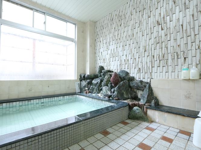 1階のお風呂-大崎温泉を使用