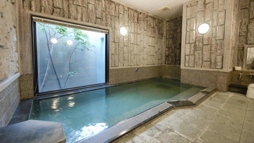 男性大浴場②