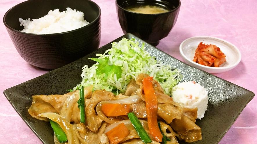 <花茶屋> 生姜焼きセット +50円でご飯の大盛に!