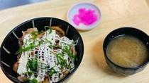 <花茶屋>はにゅう丼 羽生市ご当地グルメ 豚肉・レンコンなどを使ったB級グルメです