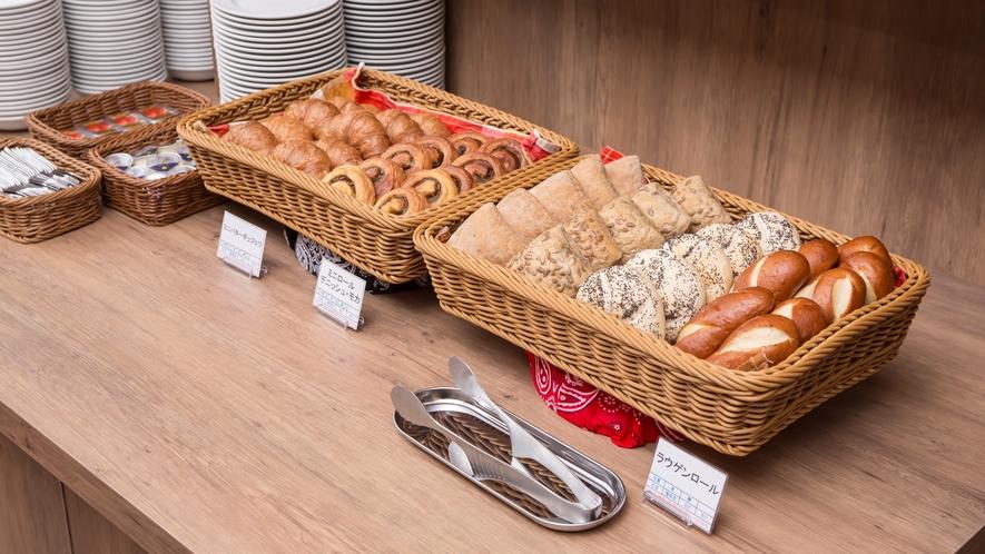 朝食メニュー パンコーナー