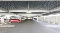 駐車場 1階