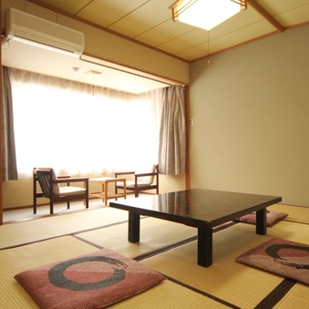 和室10〜12.5畳【トイレ付】