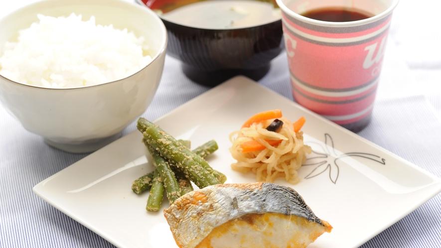 ★日替わり朝食一例☆サワラ定食★