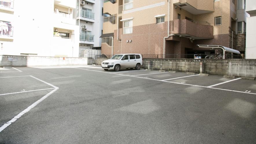★専用駐車場(中)★