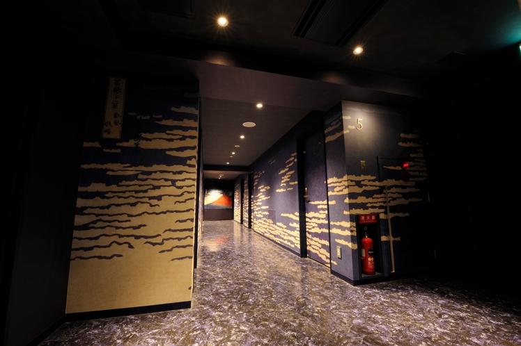 5F 北斎 赤富士(Hokusai Red-Fuji)