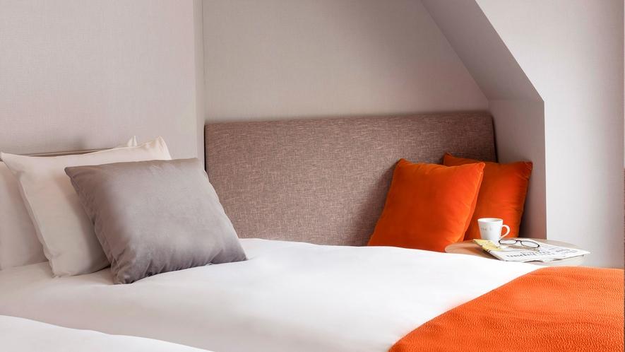 ベッドは、特殊なコイルで快眠をサポートすることで定評のある「日本ベッド」を採用