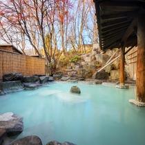 ■露天風呂■全国2位の強酸性温泉!豊富な湯量と効能が湯上り後もぽかぽかと体を暖め、湯上りの肌も滑らか