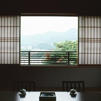 和室8畳(トイレ付バス無し)〜10畳(トイレ、バス付き)禁煙
