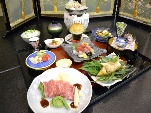 【美味極みの米沢牛】日本三大和牛『米沢牛』ステーキ120gを和会席で味わう