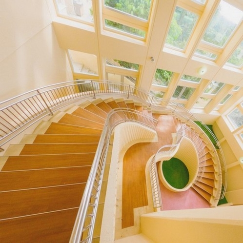 ◇別館◇カトレア 螺旋階段