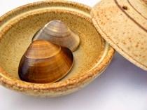 ハマグリの焼き物(夕食の一例)
