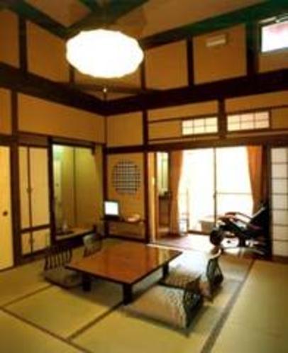 離れ「里山の四季」8畳和室例高天井のお部屋です