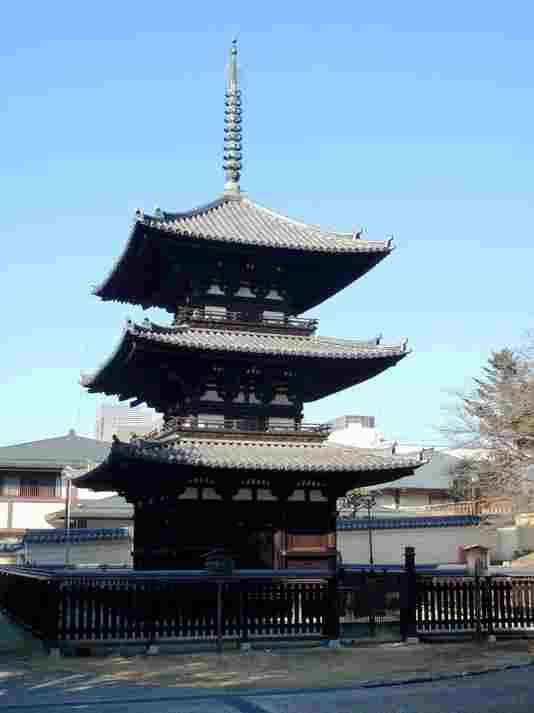 三重塔(さんじゅうのとう)