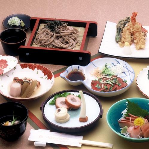 【和食処 よし田】メニュー一例/館内の食事処で夕食もお召上がりいただけます。