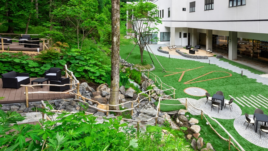 ソラニワガーデン。森の中の庭でのんびり過ごそう。