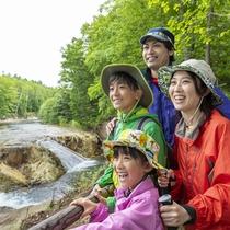 ナイアガラの滝。大自然のマイナスイオンの力でリフレッシュ。