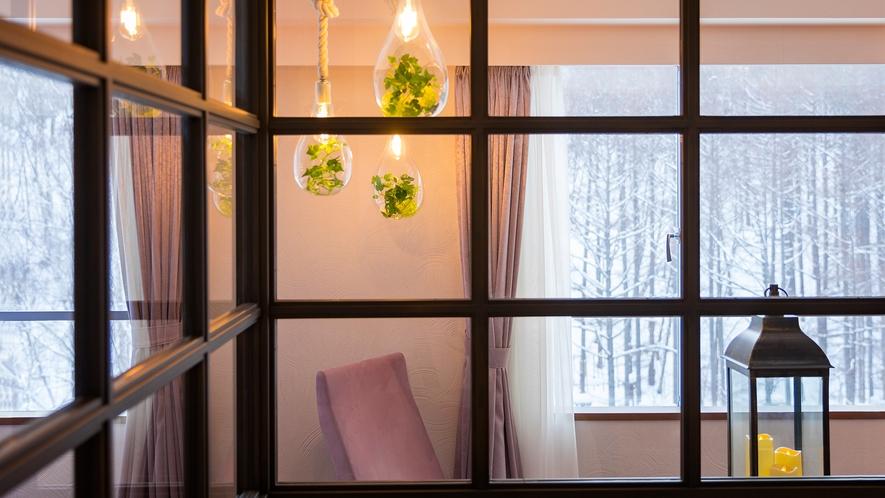 【レディーストリプルルーム】お部屋からは山の冬景色を楽しめます