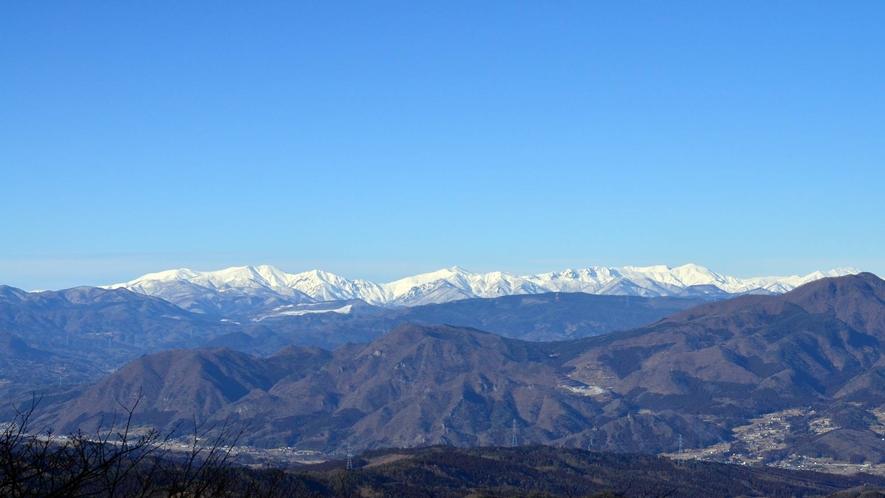 *冬の山並み/伊香保の冬の山並み。夜になると空気が澄んで景色が綺麗ですよ。