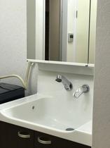 シャンプードレッサー洗面台ツイン全室