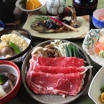 【夕食】いつき会席:牛すき焼きをはじめとした会席料理をお召し上がりください(2018年冬:イメージ)
