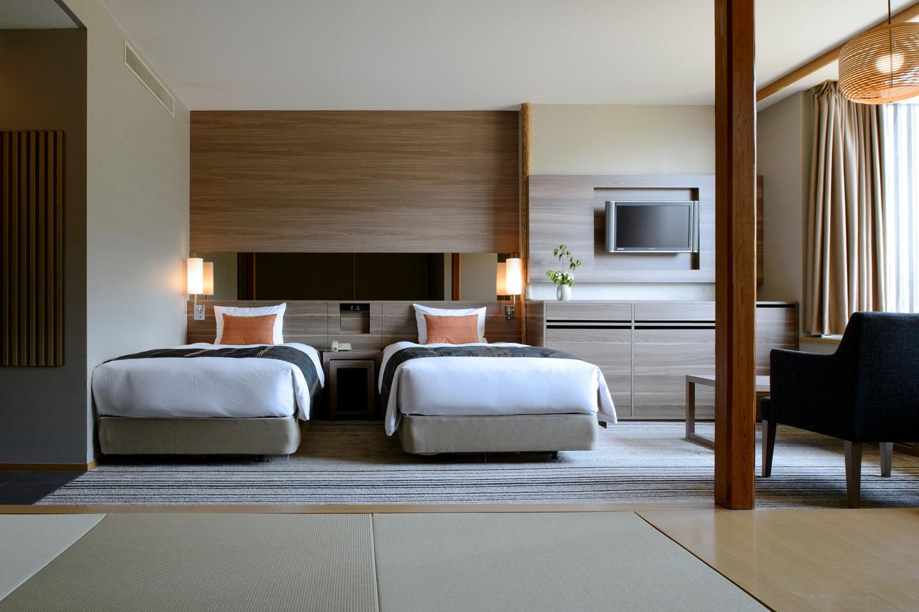 和室の寛ぎとベッドルームの気軽さを組み合わせた、ファミリータイプのお部屋です