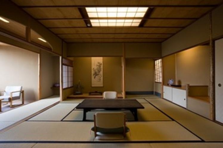 茶室をイメージさせる凛とした中に匠の技が光る数寄屋和室。
