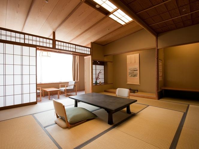 数奇屋造りの天井の傾斜に、匠の技がひときわ冴える特別な和室。