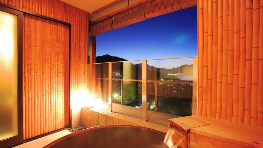 神社側露天風呂和室
