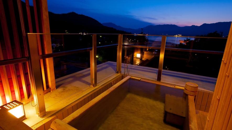 神社側露天風呂付和室の一例