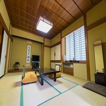 【日本庭園側】和室(本間10帖+2帖+広縁)