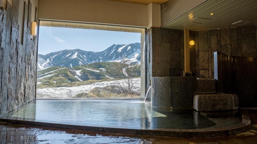 *【大浴場】立山の湧き水を沸かした名水風呂