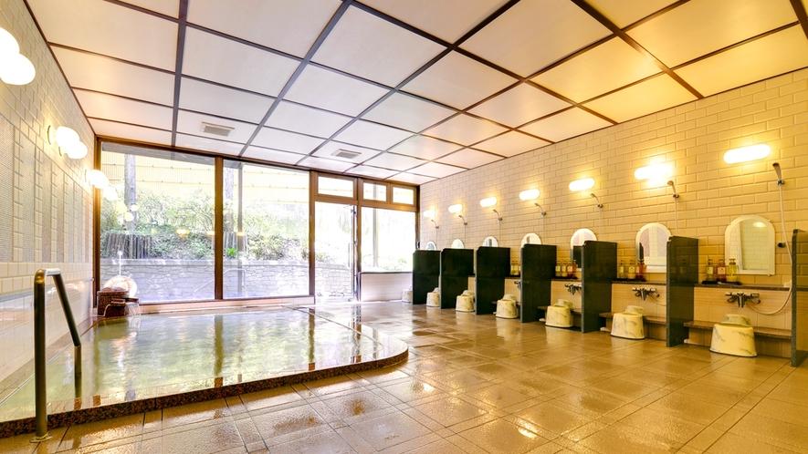 """*【大浴場】長野県松本市北東部にある""""浅間温泉""""は、無色透明の弱アルカリの泉質です。"""