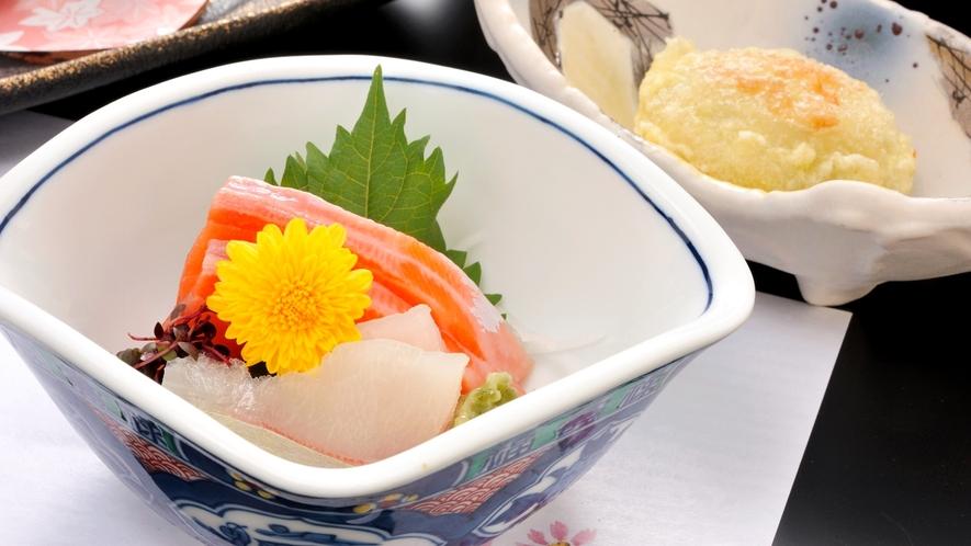 *【夕食一例イメージ】お造り。美味しい時間でお客様をおもてなしいたします。