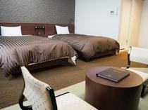 【和モダン】洋室に、畳の居間を付けた和モダンルーム。