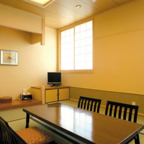 ≪和室≫家族旅行やご友人とのグループ旅行に。和の温もり溢れるお部屋でのんびりとお過ごし下さい。