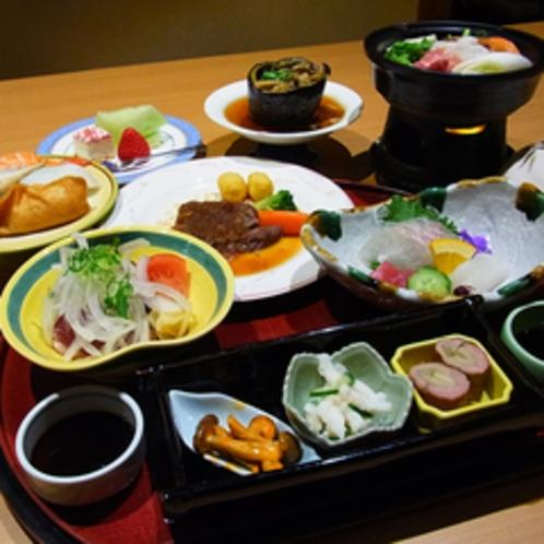 ≪ご夕食例≫季節の食材をふんだんに使った味覚御膳をご用意致します。