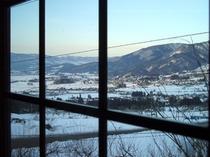 冬窓からの眺め